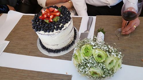 60th cake and flowers