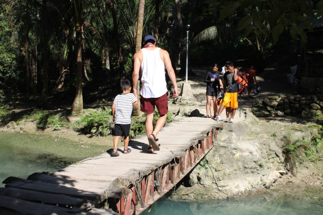 Kawasan falls Cebu Philippines travel guide