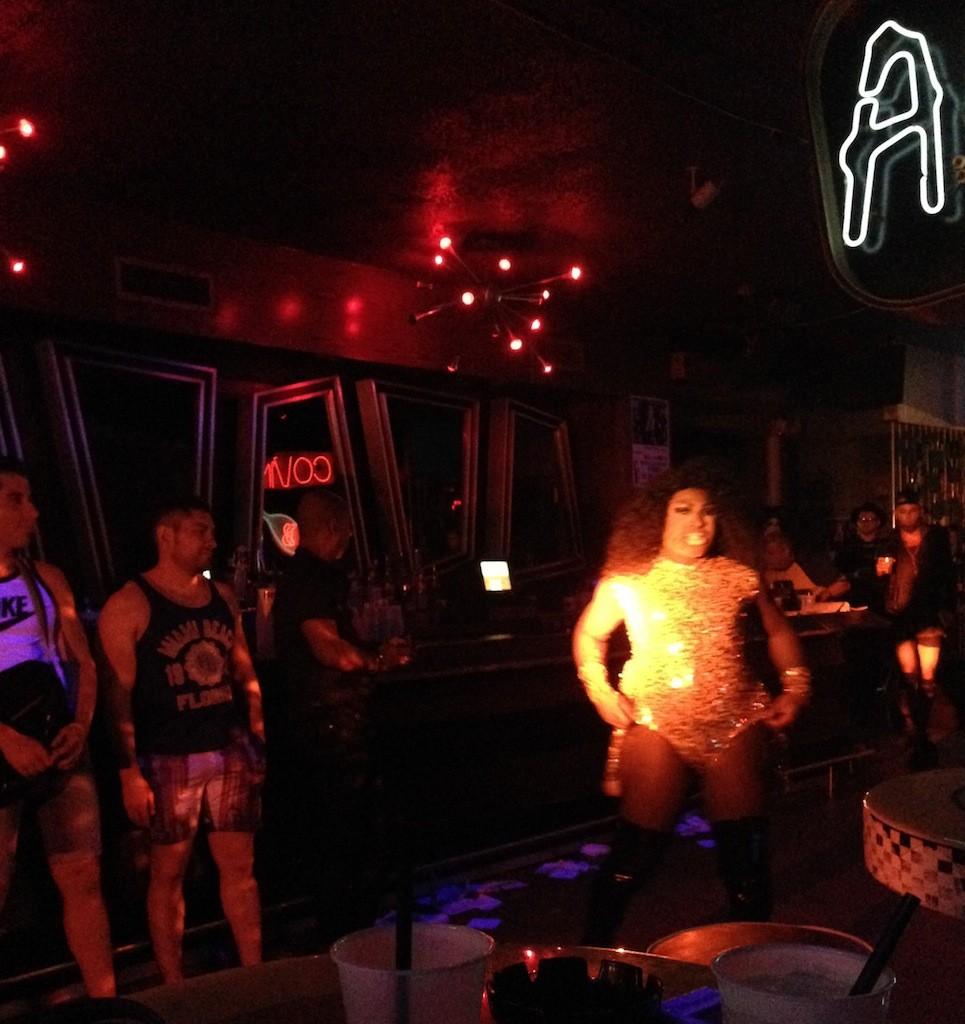Miami-drag-show-the-urban-traveler