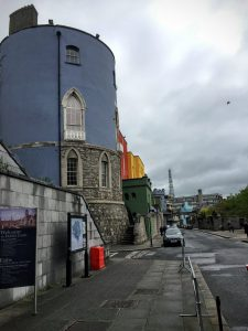 Dublin by Foot - A free walking tour with Dublin Discovery Trails | Dublin Castle | The Urban Wanderer | Sarah Irving