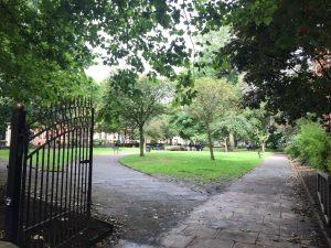 Beginners guide to getting walking | Walking routes for beginners fitness | The Urban Wanderer | Sarah Irving | Under 1 Hour from manchester | Places to visit near Manchester | Outdoor Blogger | Manchester Blogger