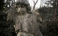 Nunhead Angel by fotologic cementery halloween 2016 london