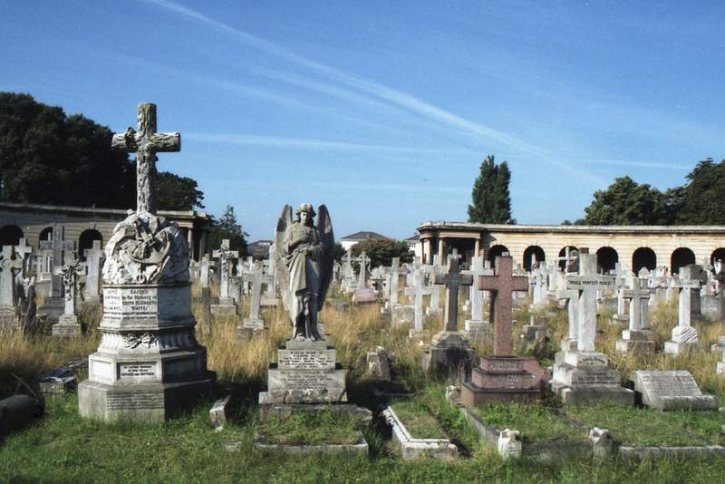 Brompton creative commons by Hunter Desportes cementery halloween 2016 london