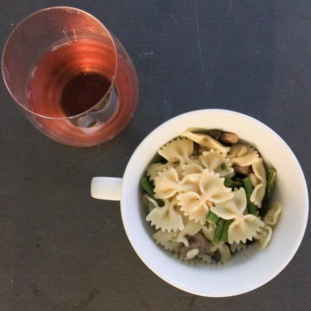 asparagus and mushroom pasta dinner