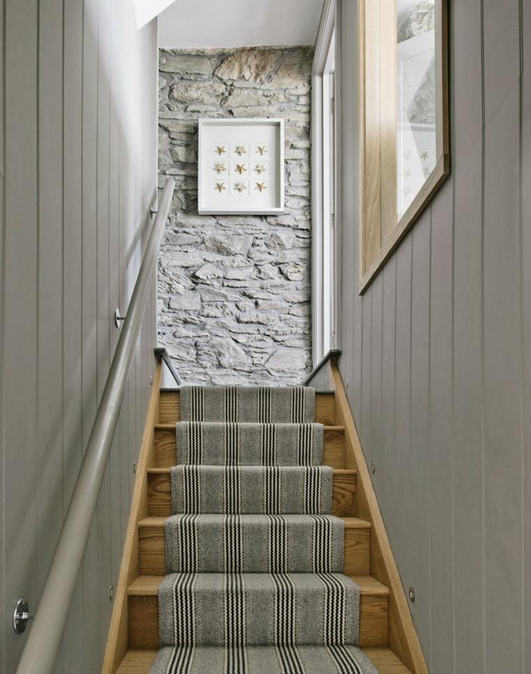 decorate white walls corridor