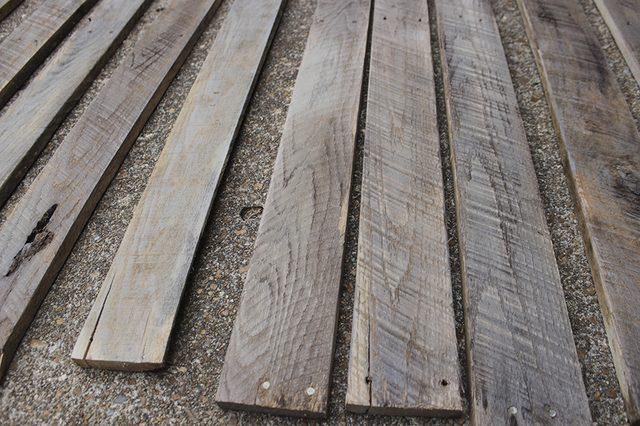 drop planks wood pallets