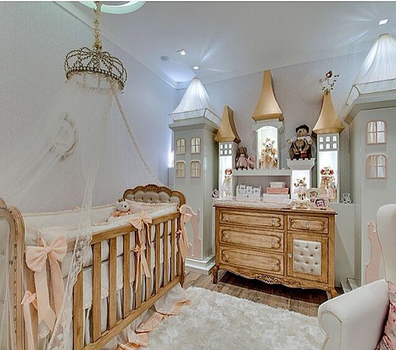 """habitacion-clasica-princesas-1 """"width ="""" 564 """"height ="""" 498 """"srcset ="""" https://theusefulidea.com/wp-content/uploads/2019/02/Classic-rooms-for-Princesses-for-babies-Thematic-Rooms.jpg 564w, https: //www.habitacionestematicas.com/wp-content/uploads/habitacion-clasica-princesas-1-300x265.jpg 300w, https://www.habitacionestematicas.com/wp-content/uploads/habitacion-clasica-princesas-1 -370x327.jpg 370w """"sizes ="""" (max-width: 564px) 100vw, 564px """"/>"""