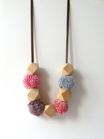 necklaces with pompoms