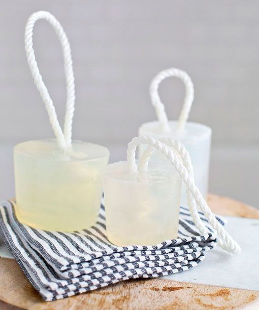Decorative and aromatic glycerin soaps