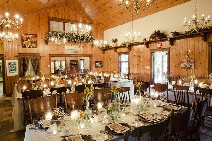 centers-table-weddings-precious-glass-bottles