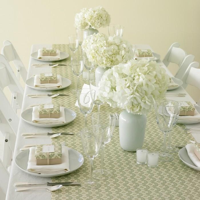 centerpieces wedding table pure white ideas