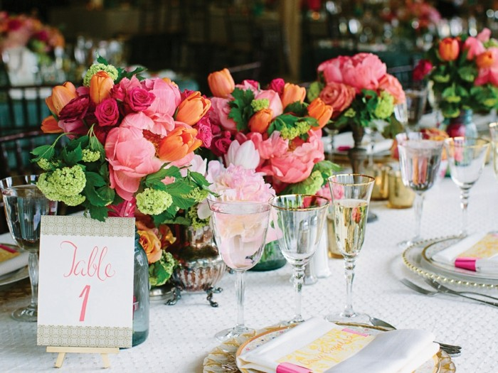 centerpieces for weddings different flowers ideas