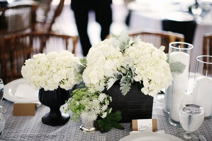 centers table weddings black vases ideas