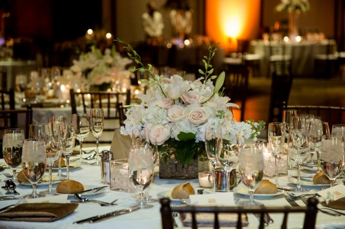 Wedding centers white flowers ideas