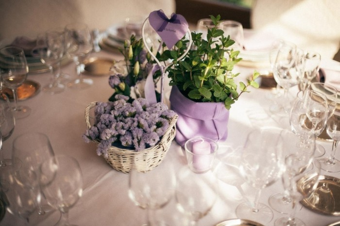 centerpieces wedding table purple clear ideas