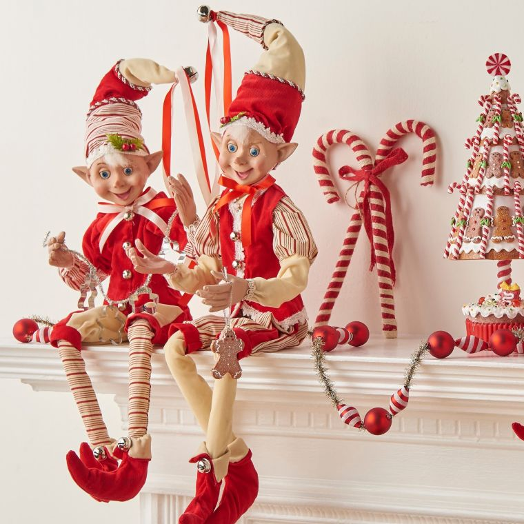 red christmas elves