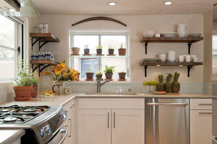 useful kitchen herbs