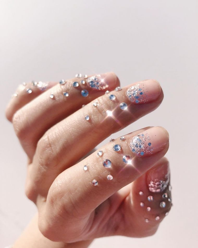 2020-shine manicure trends