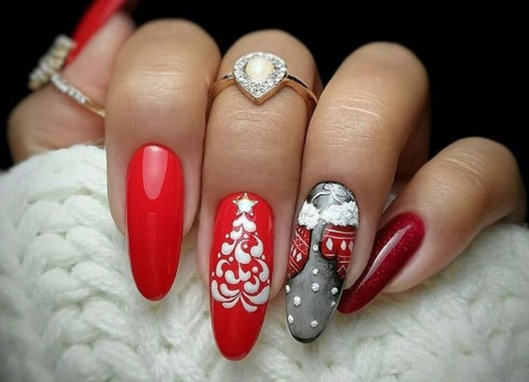 Christmas nail designs with creativity