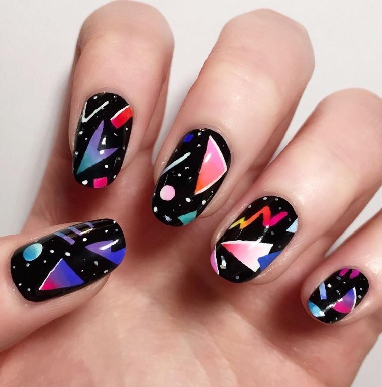 Geometric nails-ideas-combine-colors