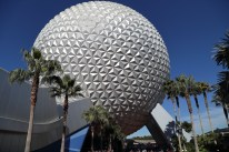 """EPCOT - Spaceship Earth"" by lhbrizzante is licensed under CC BY-SA"