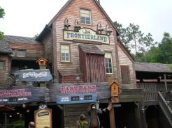 """Entrance to Splash Mountain Frontierland Magic Kingdom Walt Disney World"" by mrkathika is licensed under CC BY-SA"
