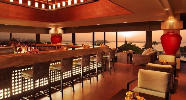 Anantara Lotus Lounge for Brunch | Best Hotels on The Palm Dubai