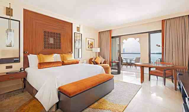 Bedroom Fairmont the Palm | Best Hotels on The Palm Dubai | The Vacation Builder