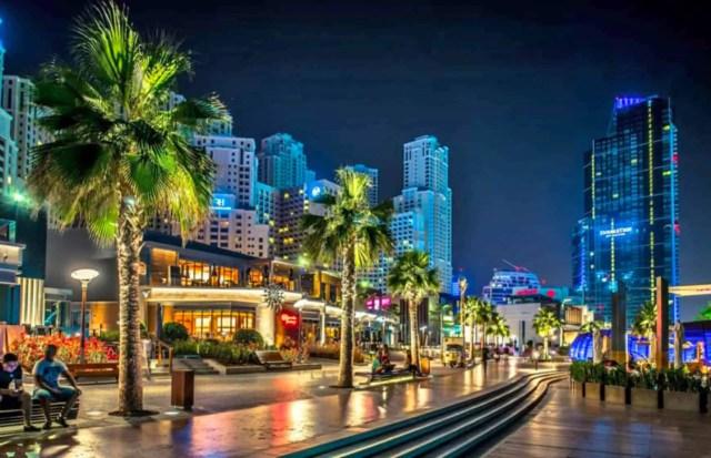 Restaurants on The Walk at Jumeirah Beach Residence   How Much is a Week in Dubai?