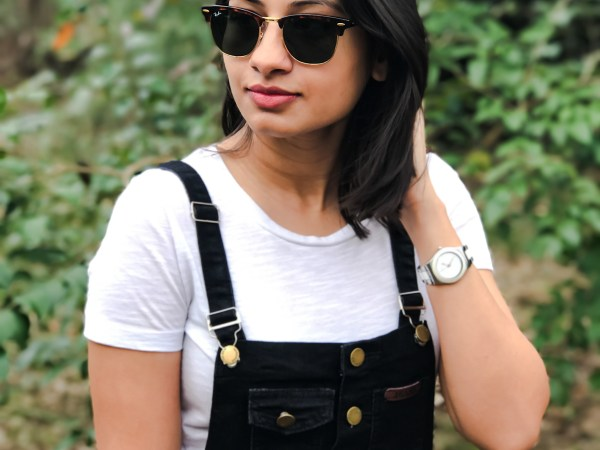Back to 90's in Overalls - The Vagabond Wayfarer