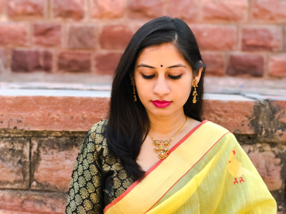 Celebrating the Saree - Gold jewelry