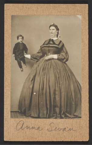 Photograph of giantess Anna Haining Bates
