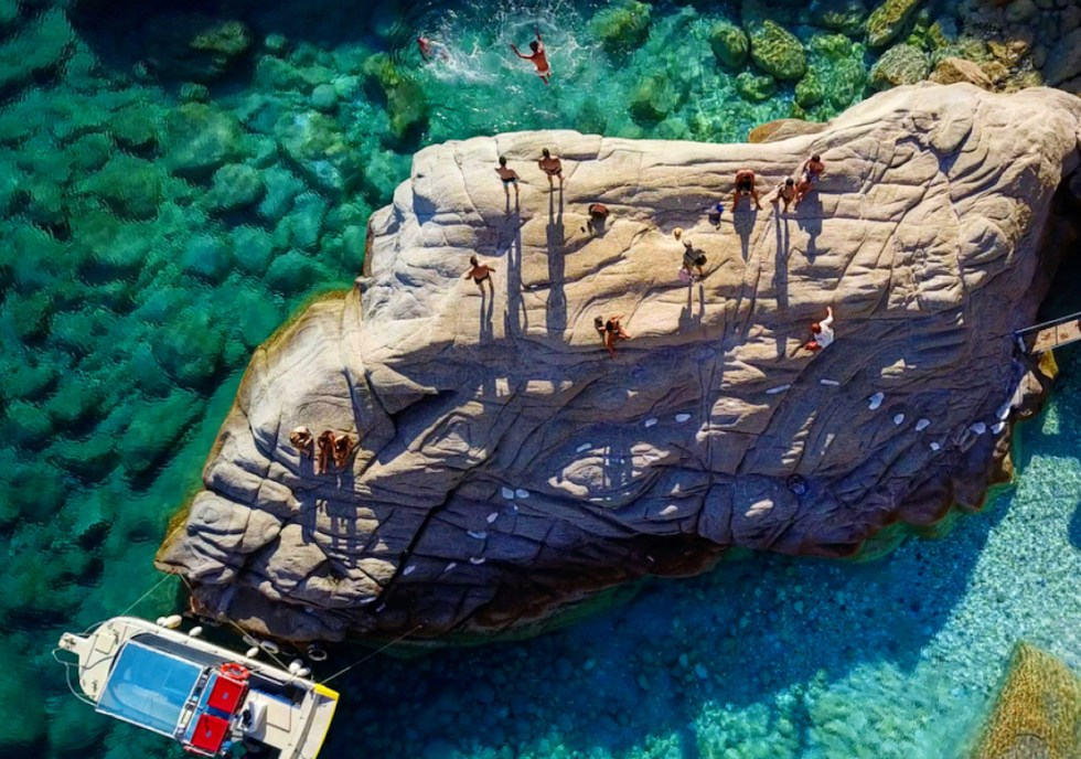 Seychelles, Ikaria, Greece