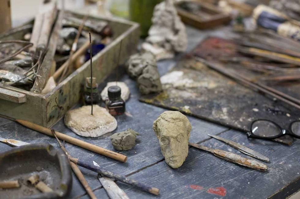 Reconstruction of the studio (c) Giacometti Estate (Giacometti Foundation and ADAGP) Paris 2018