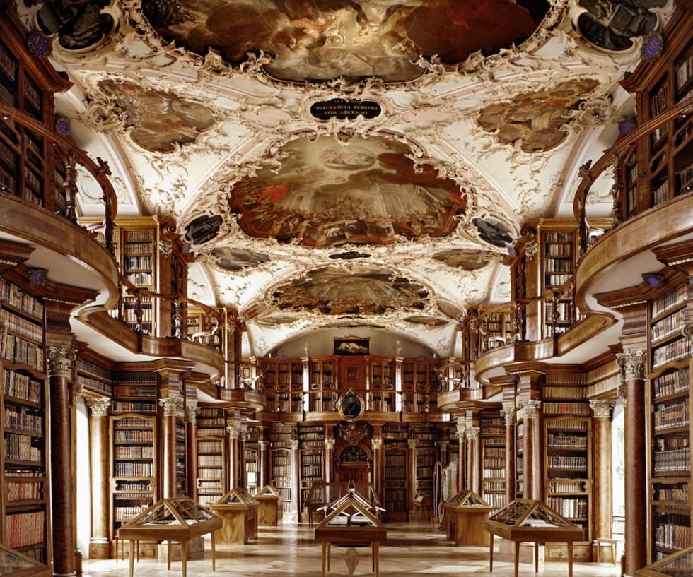 Stiftsbibliothek Sankt Gallen, St. Gallen, Switzerland. Photograph © Massimo Listri / TASCHEN