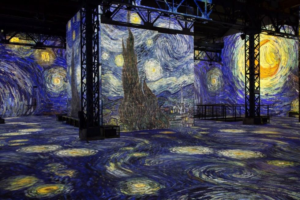 Vincent van Gogh, Starry Night, Atelier des Lumières, Paris, France.