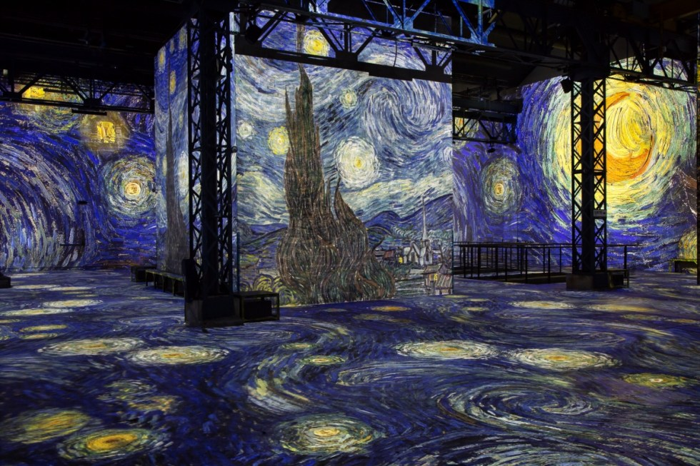 Vincent van Gogh, Starry Night, Atelier des Lumières, Paris, France.