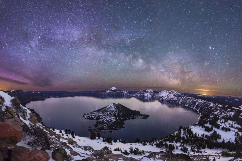 2020/11/crater-lake-national-park-oregon.jpg