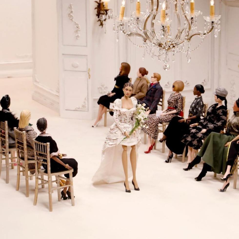2020/11/moschino-puppets-fashion-show.jpg?fit=1200,1200&ssl=1