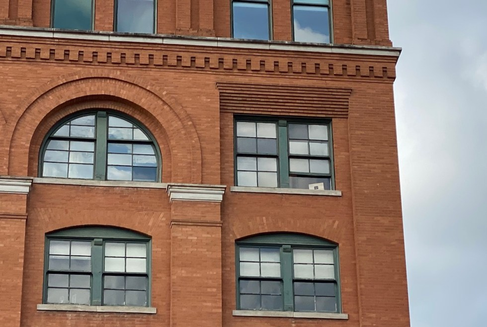2020/11/texas-school-book-depository-corner-window.jpg?fit=1192,800&ssl=1