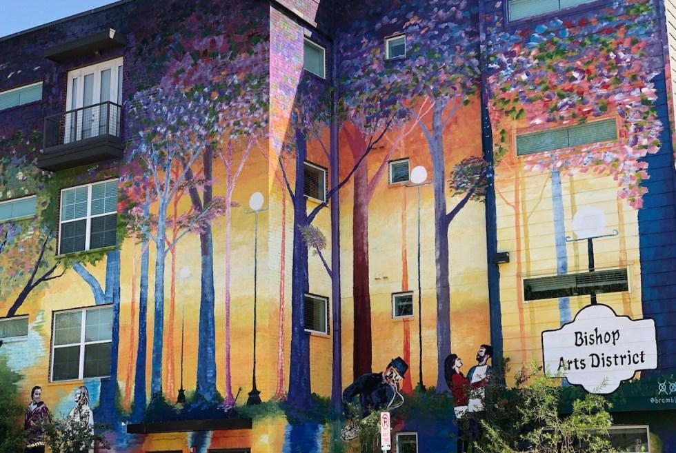 2021/03/bishop-arts-district-residential-mural.jpeg?fit=1194,800&ssl=1