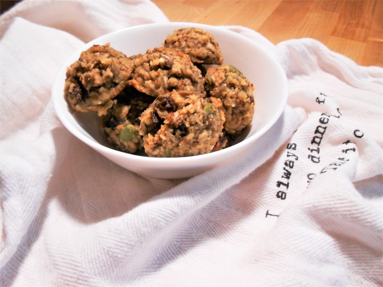 oatmeal, almond flour, pumpkin seeds, sunflower seeds, healthy eating, healthy recipes, healthy desserts