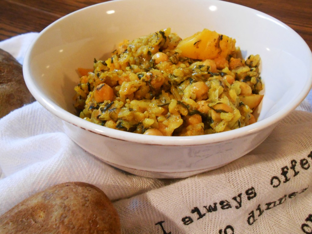 Garbanzo Beans with Rice & Yellow Peppers, food, food blog, food photography, recipe, healthy eating, health, quick recipes for dinner