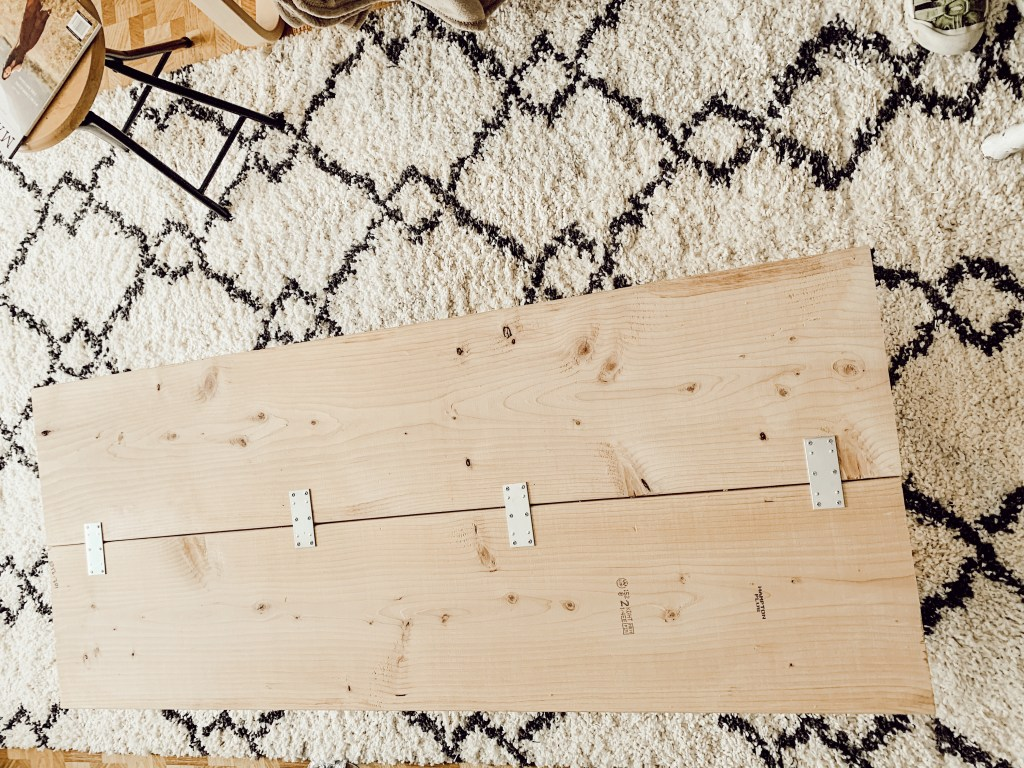 DIY Coffee Pine Table Instructions: keywords: pine table, blogger, katina horton, simple functional grace-filled living, Valley of Grace, lifestyle, lifestyle blogger, thriving, plumbing pipe materials, interior design, influencer, minimalism, minimalist, home decor