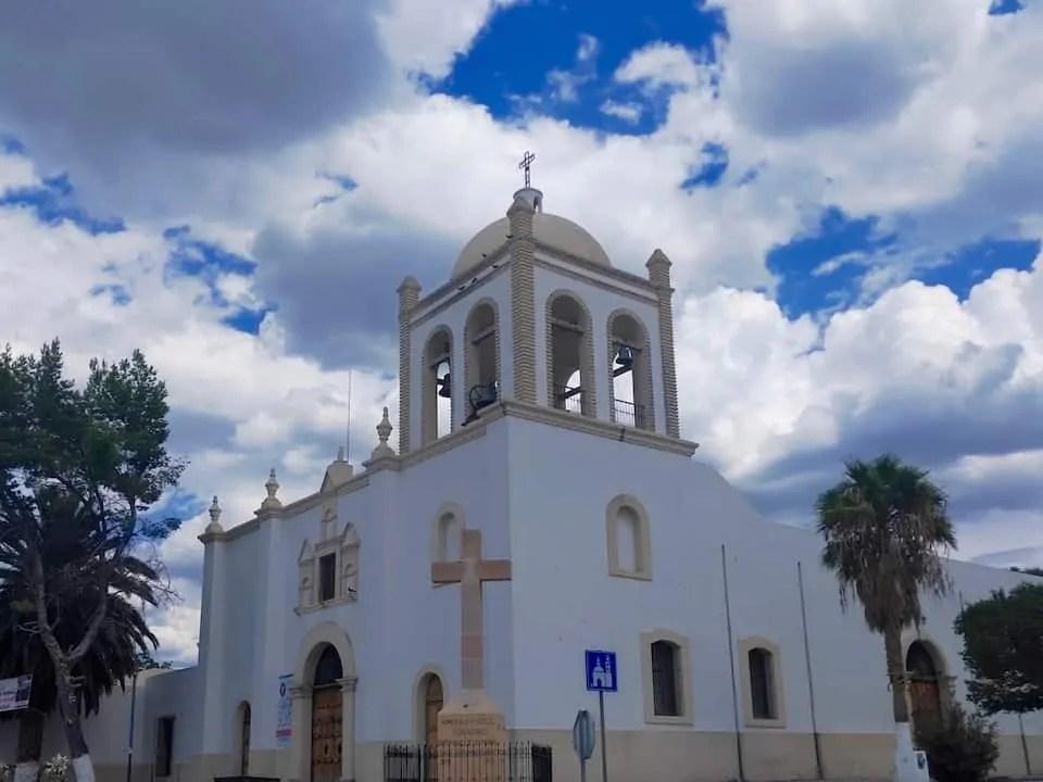 White church in Parras de la Fuente