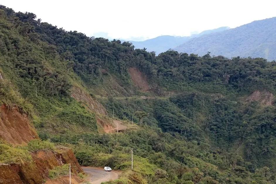 Driving along Ruta 28b in the Peruvian jungle