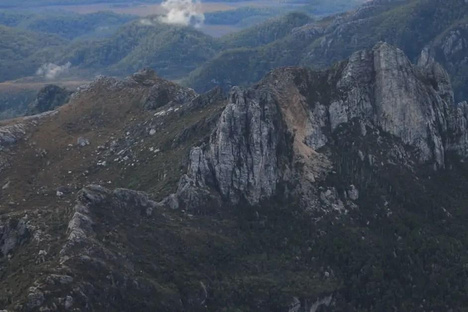 The mountains around Frenchmans Cap