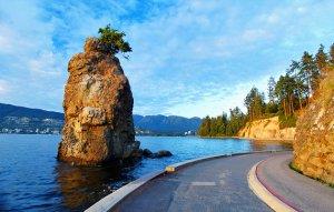canada-vancouver-stanley-park-seawall