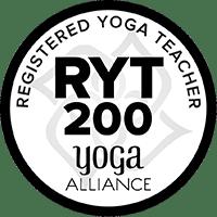 RYT 200 - RYTとはREGISTERED YOGA TEACHERの略語で、米国に拠点を置くヨーガアライアンスの基準に準拠した、国際的に認定されたヨガライセンスです。 200は、認定ヨガインストラクターになるための200時間のトレーニングを指します。