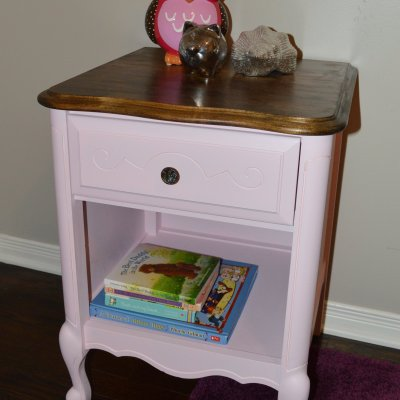 BEFORE & AFTER: An Easy Pink Furniture Makeover